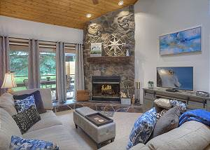 Updated Needles Townhomes with Mountain Views - 3 miles to Purgatory Resort