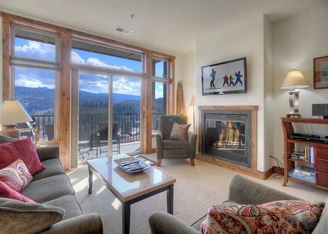 Main Living Space - Gas Fireplace, TV and deck with awesome views