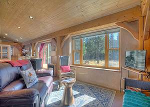 Pine Meadow Cabin - 2 BR - Wooded Setting - Pets OK - 4WD Vehicle Needed