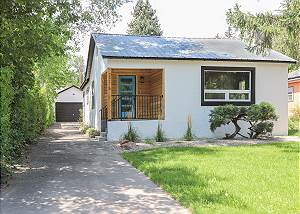 Pet Friendly Modern home in Downtown Durango - Fenced Yard - Central AC