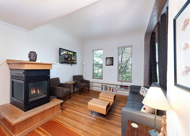 Main Living Space - Gas Fireplace