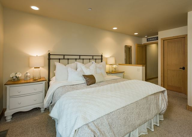 Master Bedroom - King Bed, TV, Gas Fireplace and Deck
