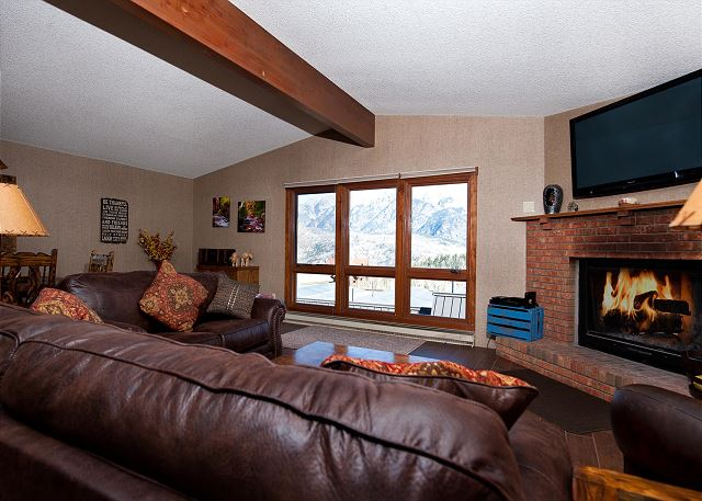 Affordable Luxury Ski in/Ski Out Condo - Awesome Views - Free Night Offer