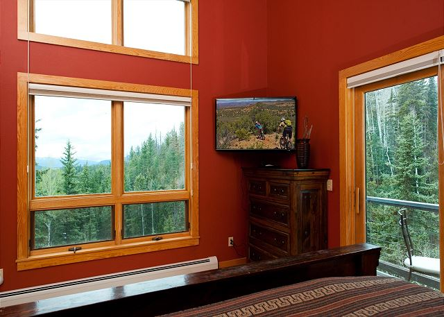 Master Bedroom - King, TV, Deck and Views