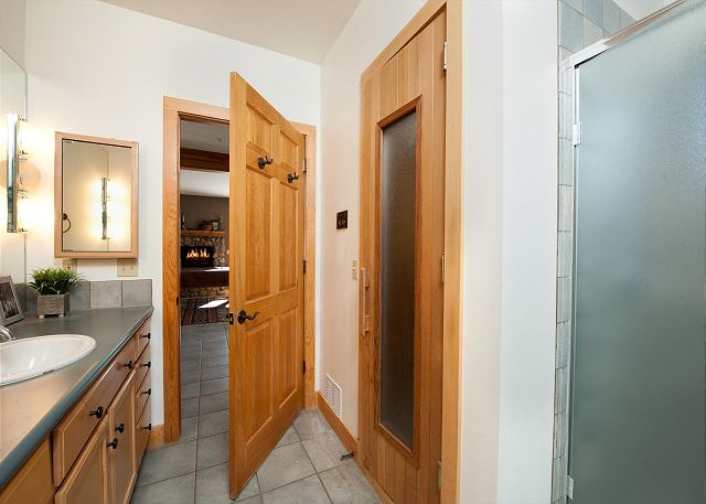2nd Bathroom - with Sauna