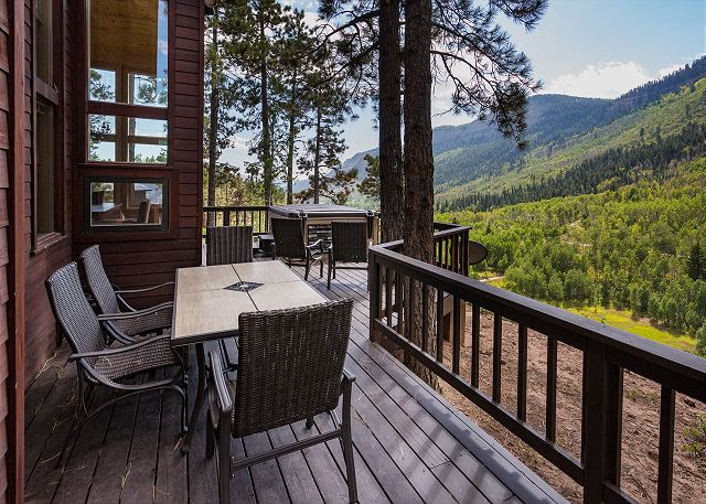 Outdoor Dining Table and Hot Tub on the Main Deck