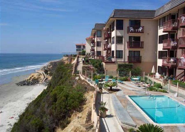 Complex Pool & Beach