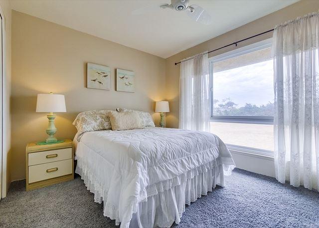 Guest Room #1 - Queen Size Bed