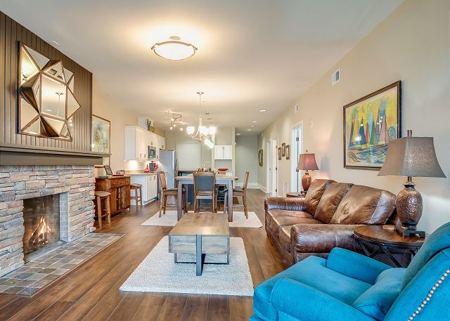 Condo 124 - Main Living Space
