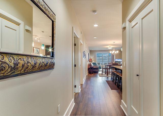 Condo 124 - Hallway