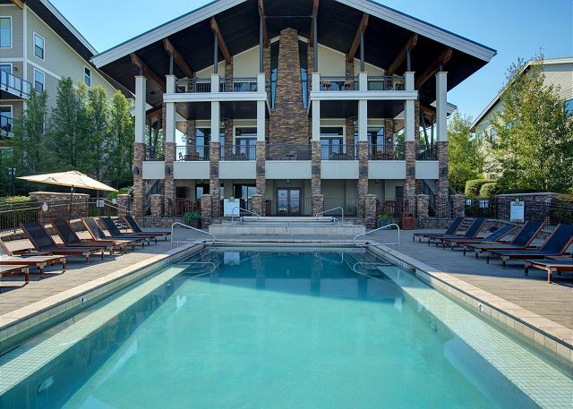 Seasons at Sandpoint - Year Round Heated Pool