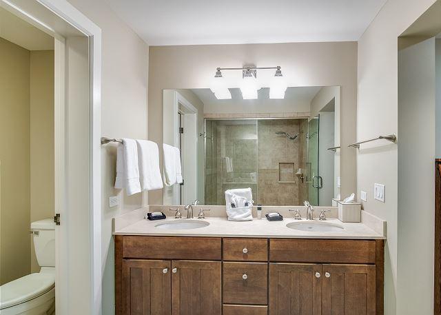 Condo 124 - Master Bath with Double Vanity