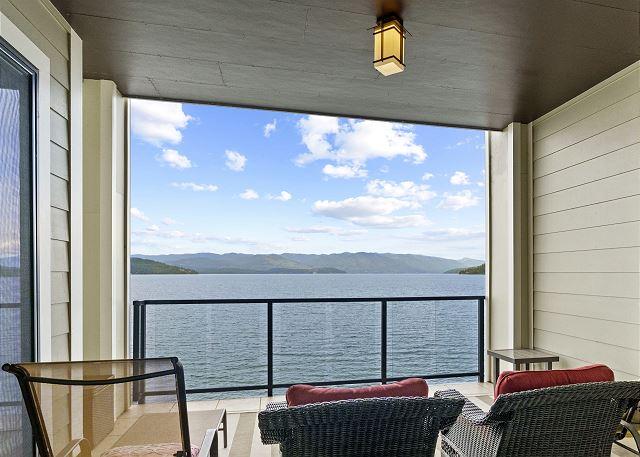Condo 7205 - Balcony Lake View