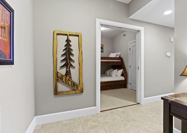 Condo 7205 - Entry to Bunk Room
