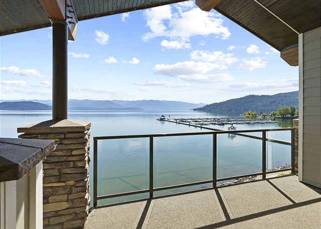Townhome 508 - Balcony Marina View