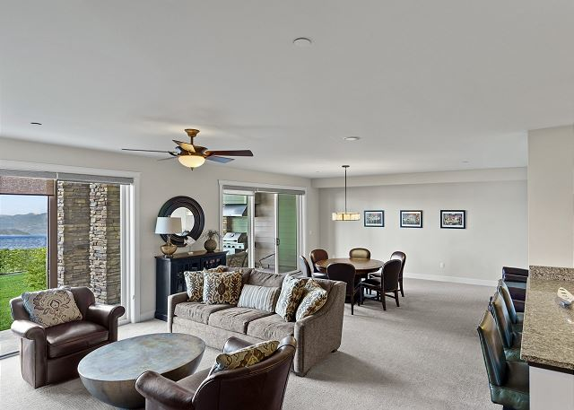 Townhome 508 - Main Living Space