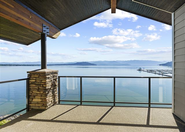Townhome 508 - Master Suite Balcony with Lake View