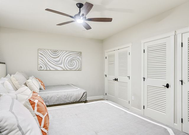 Townhome 508 - Guest Bedroom with 2 Double Beds (No Windows)
