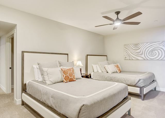 Townhome 508 - Guest Bedroom with 2 Double Beds