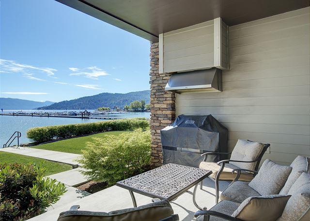 Townhome 508 - Ground Floor Terrace Marina Views