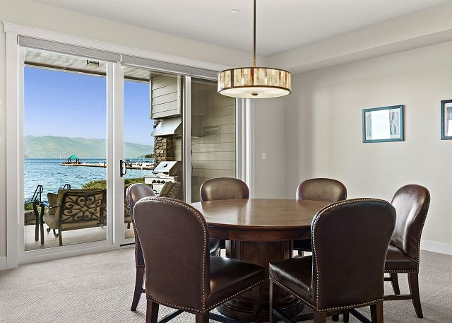 Townhome 508 - Informal Dining Space
