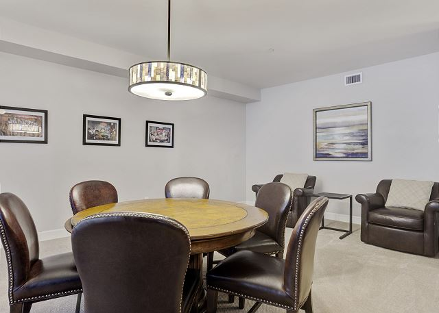 Townhome 508 - Entertainment Space