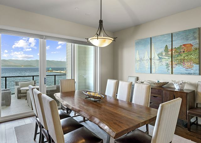 Townhome 508 - Formal Dining Space
