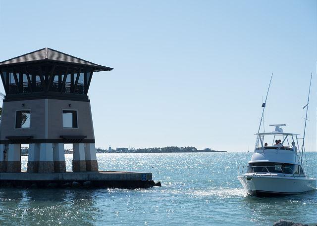 Marlin Bay Sunset Tower and Marina