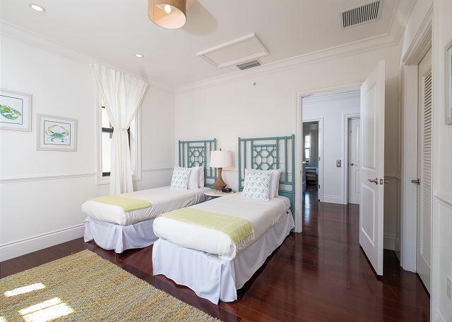 Residence #3823 - Upper Level Guest Bedroom