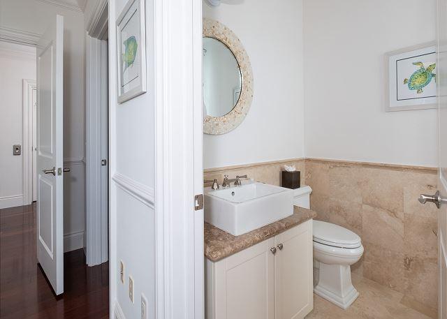 Residence #3824 - Upper Level En Suite Guest Bathroom