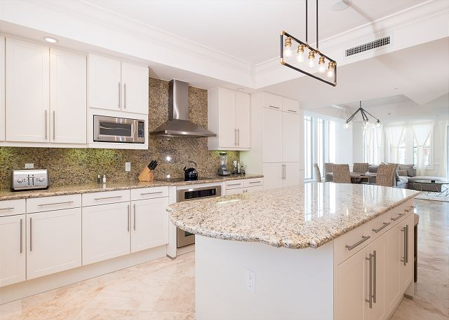 Residence #3824 - Spacious Kitchen with Center Island