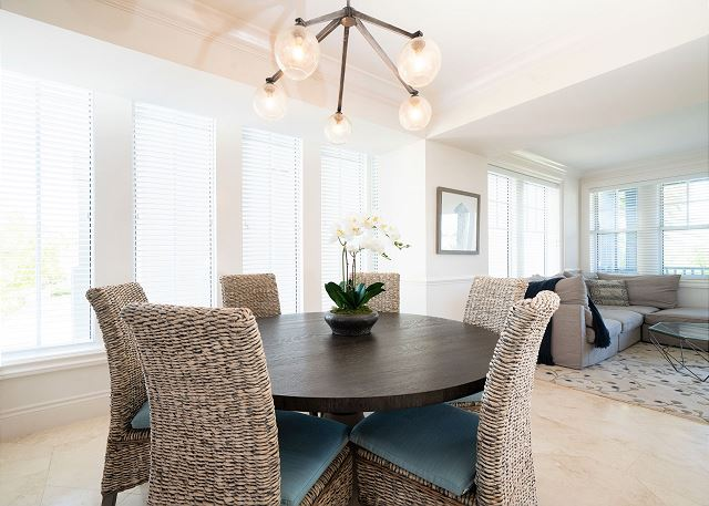 Residence #3826 - Dining Area