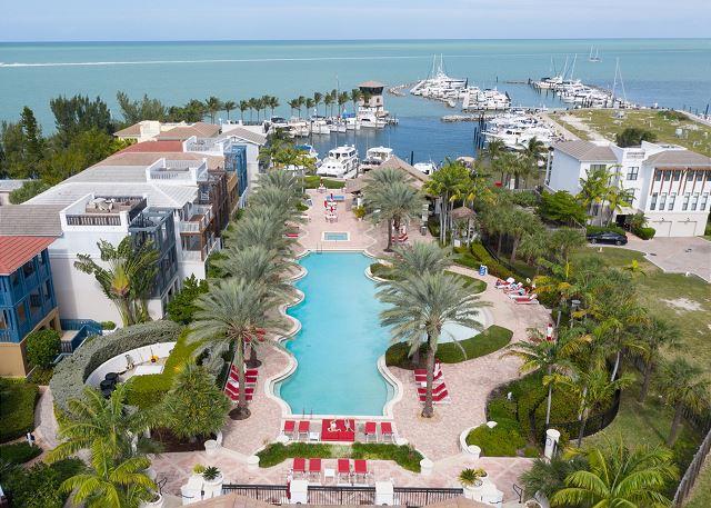Marlin Bay Resort & Marina - Aerial Views