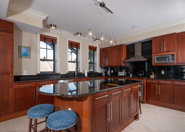 Residence #3820 - Spacious Kitchen with Center Island