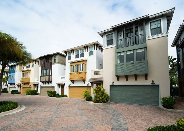 Residence #3825 - Exterior of Home