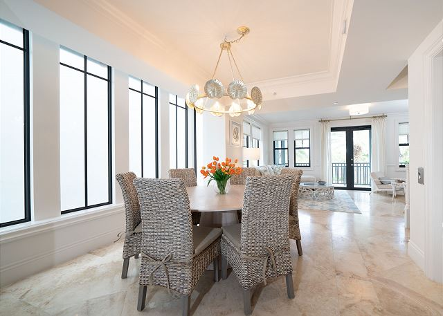 Residence #3825 - Dining Area