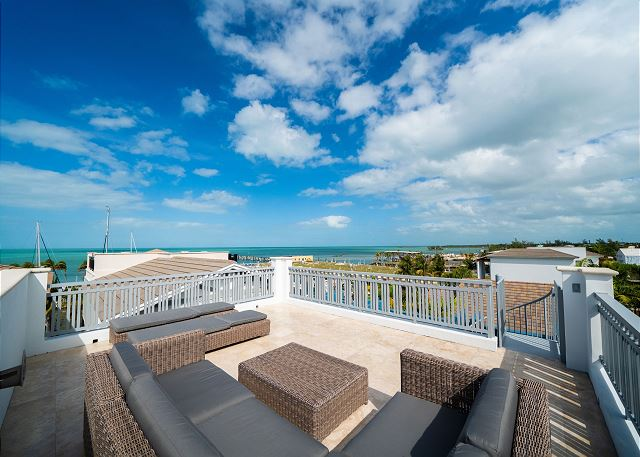 Residence #3821 - Rooftop Deck