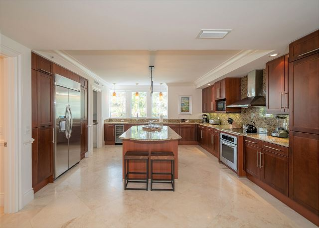 Residence #3821 - Fully Furnished Kitchen