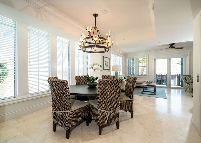 Residence #3821 - Dining Space