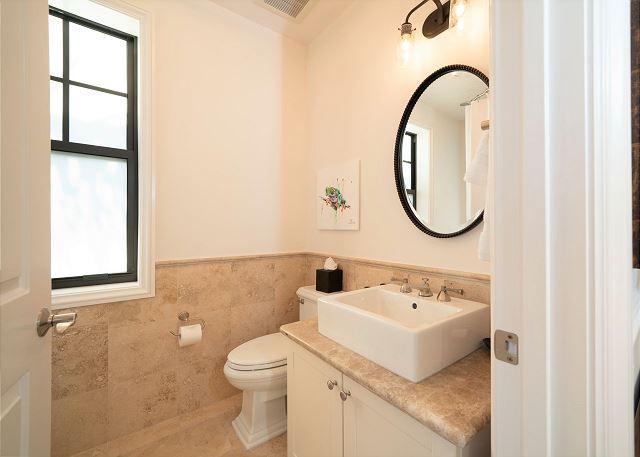 Residence #3830 - Upper Level En Suite Guest Bathroom