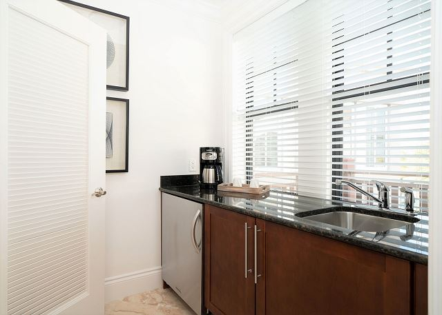 Residence #3830 - Wet Bar in Master Bedroom
