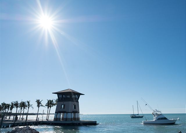 Marina - Sunset Tower
