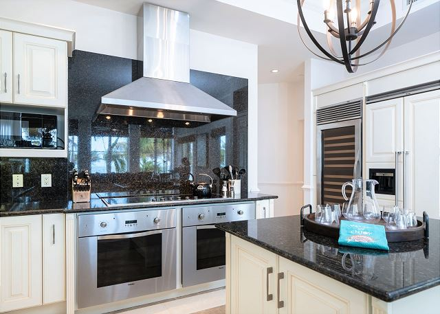 Residence #3819 - Fully Furnished Kitchen