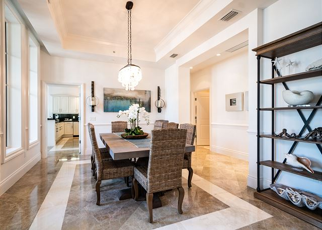 Residence #3819 - Dining Space