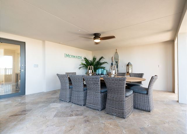 Residence #3840 - Outdoor Dining Area