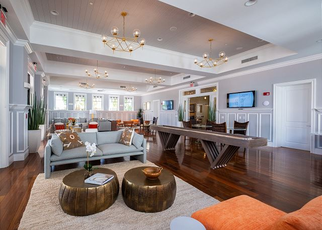 The Clubhouse - Lounge & Game Room with Shuffleboard