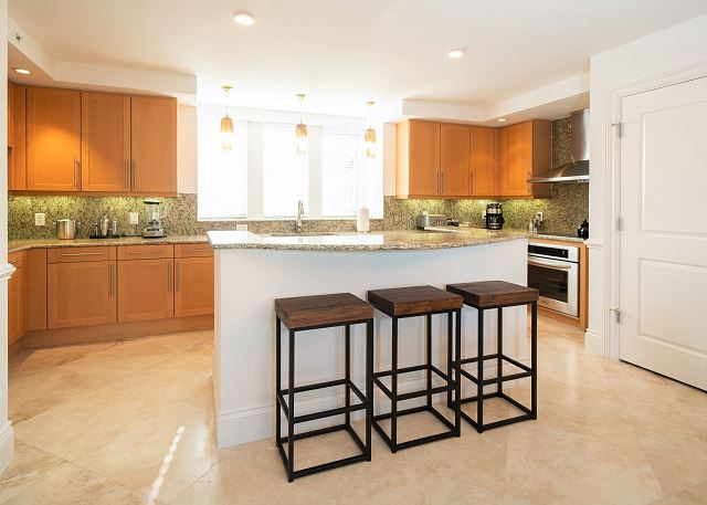 Residence #3829 - Fully Furnished Kitchen with Breakfast Bar