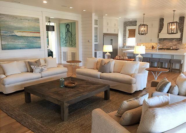 Open Concept, OceanFront Living Room