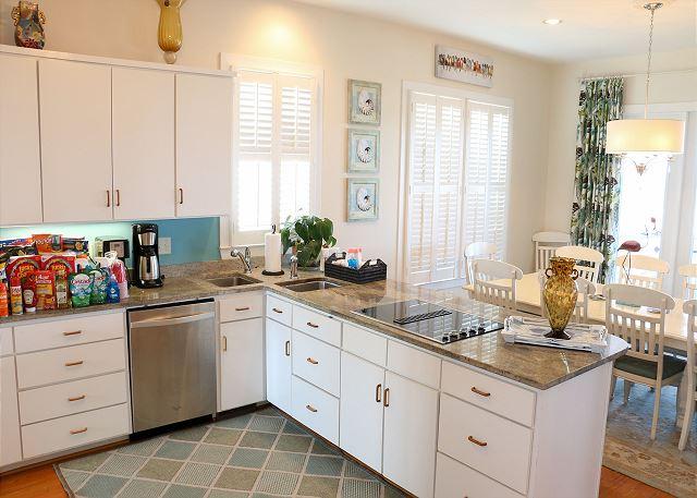 Kitchen to Diningroom