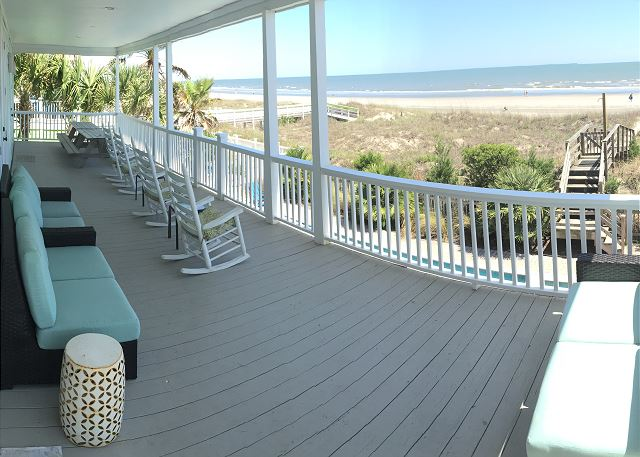 1st floor Ocean Front Covered Porch